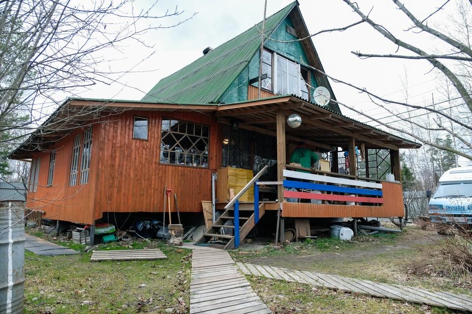 Петербуржцы смогут потратить материнский капитал на ремонт дачного дома