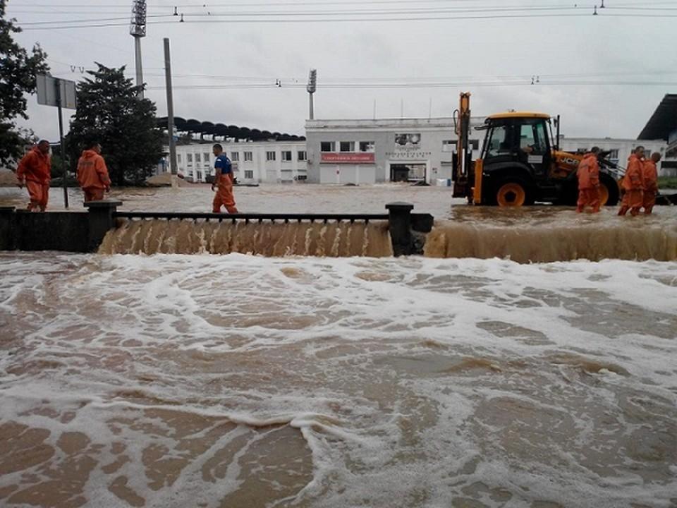 Этим летом Керчь дважды пострадала от наводнений. Фото: Архив КП