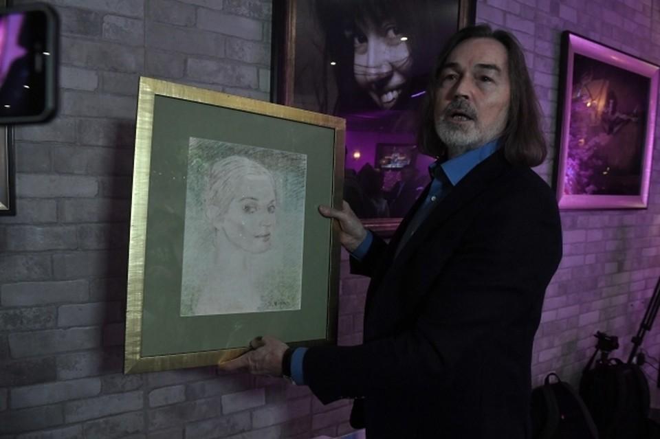 Никас Сафронов – заслуженный художник России, профессор факультета культуры и искусства Ульяновского государственного университета