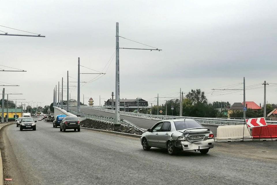 Движение по новой развязке у Самарского (Фрунзенского) моста пустят на 10 месяцев раньше, чем собирались изначально.