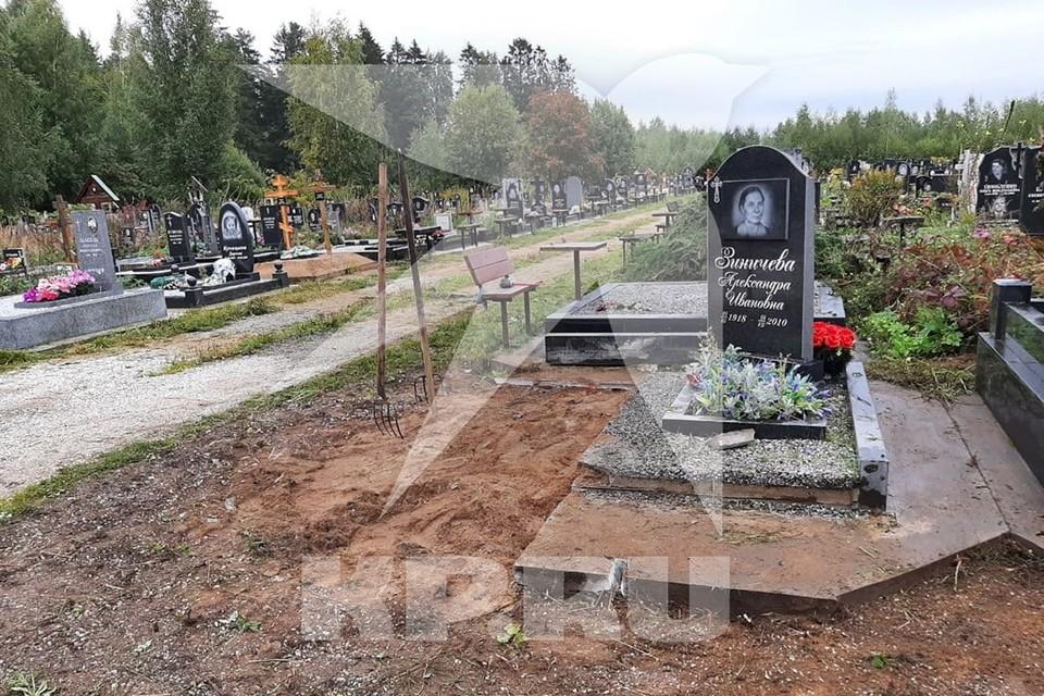На похороны главы МЧС Евгения Зиничева на Северном кладбище в Петербурге пустят только для родных и коллег.