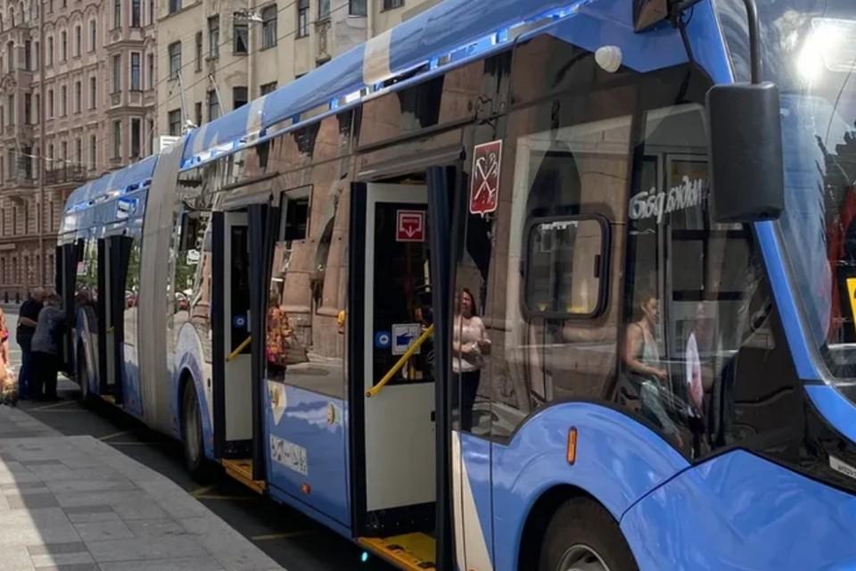 В Петербурге продлили маршрут троллейбуса №23.