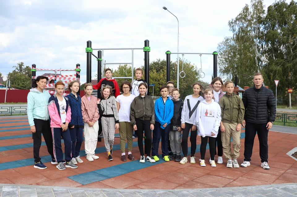 В тюменском микрорайоне Казарово появилась спортивная площадка. Фото - dsimp.ru.