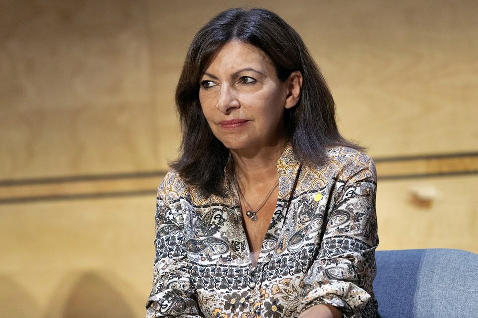Идальго возглавляет парижскую мэрию с 2014 года