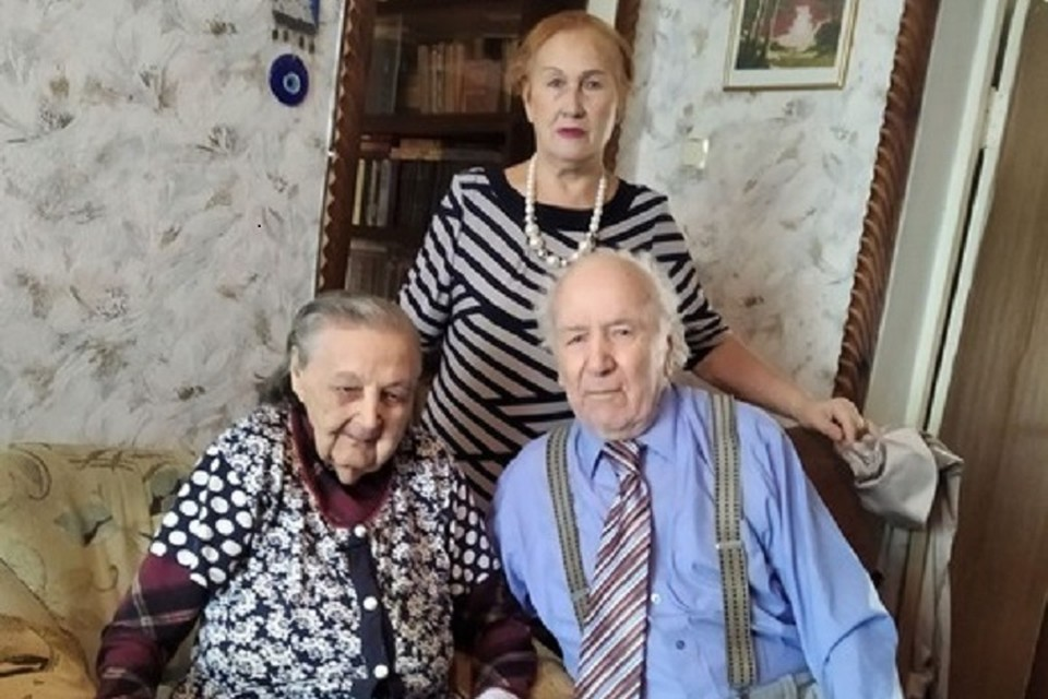 Ивану Кулеше исполнилось 96 лет. Фото: администрация Луганска