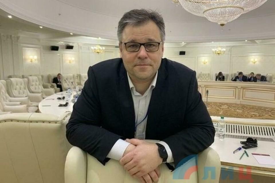 Родион Мирошник считает, что надо развивать Донбасс. Фото: ФБ Родион Мирошник