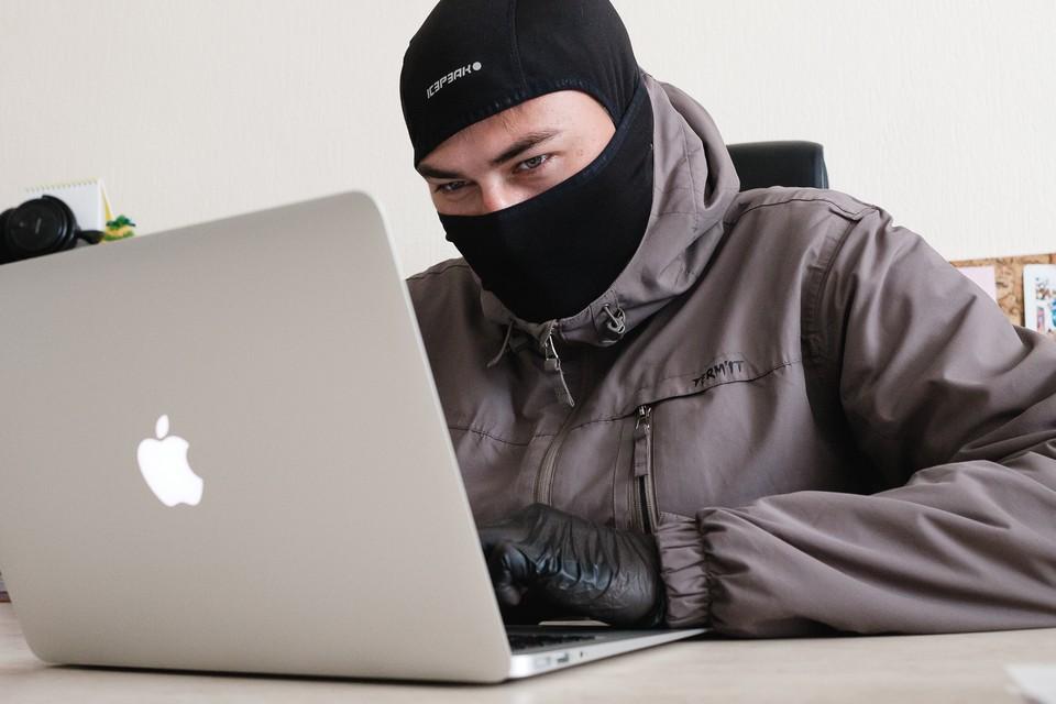 Мошенники взломали страницу в соцсети и списали у одной из знакомых жительницы Удмуртии деньги