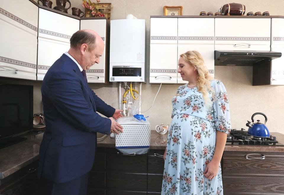 Жители более сотни домов получили возможность пользоваться голубым топливом.