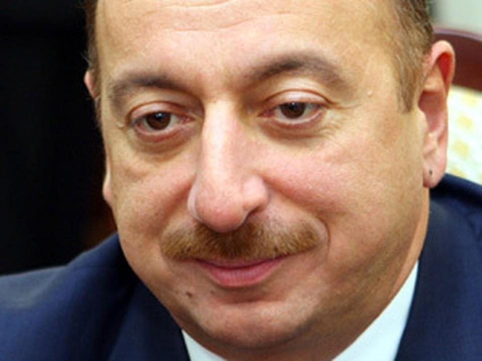 Ильхам Алиев купил сынишке девять особняков в Дубае