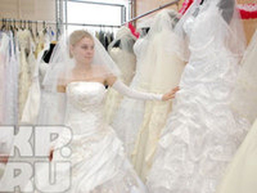 c10e2028532 Где в Перми можно одолжить на время камзол Петра I или свадебное платье