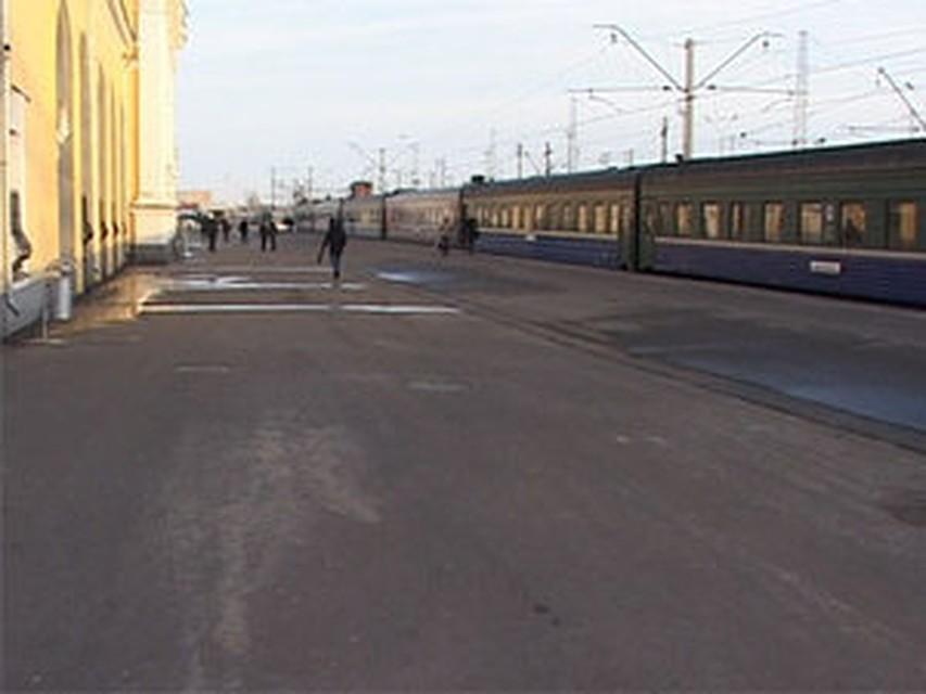 вас знает? ярославль главный поезд до москвы который обвит