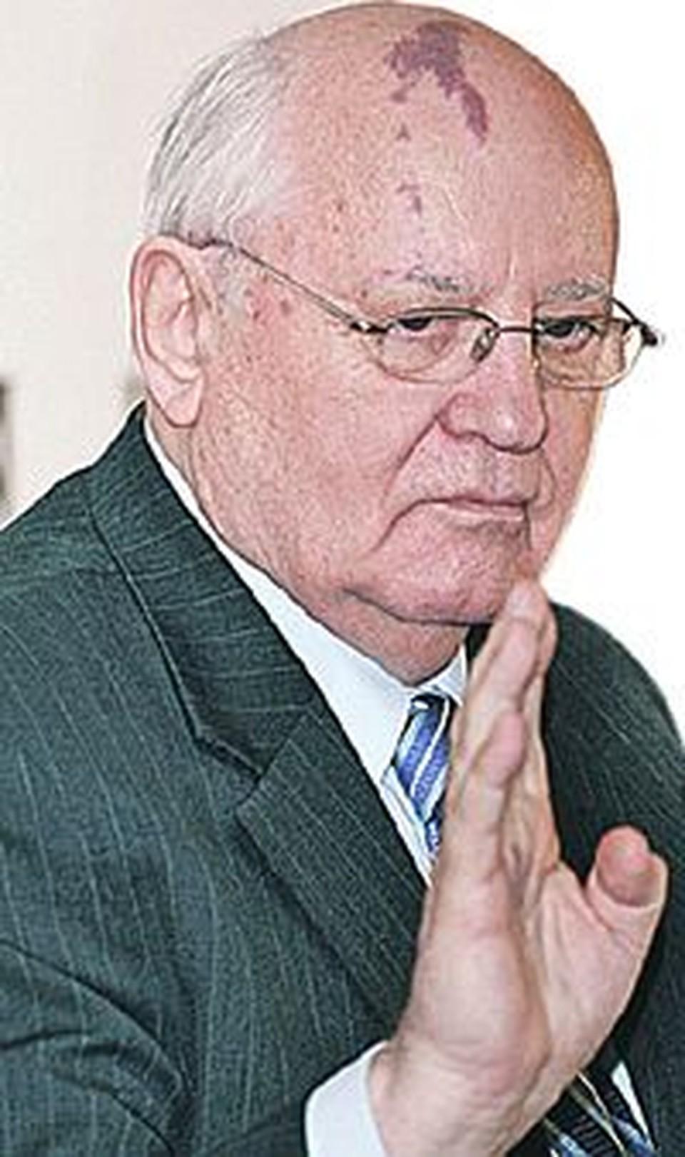Бывший генеральный секретарь КПСС желает похоронить вождя пролетариата подальше от Кремля.