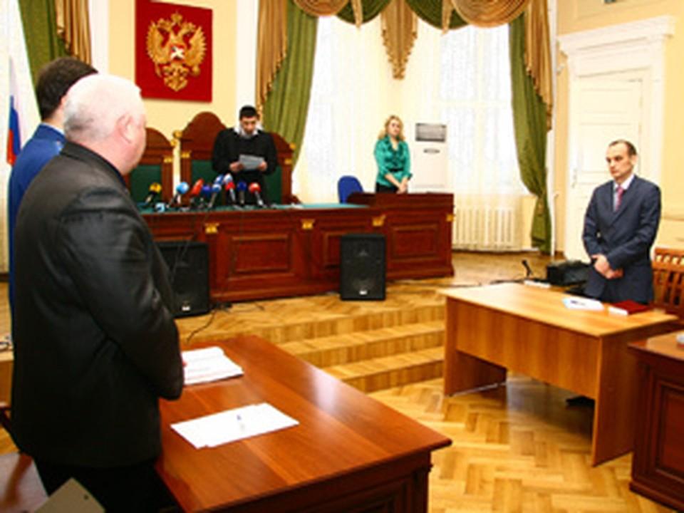 Нижегородский чиновник, укравший четыре МиГа, не явился в суд.