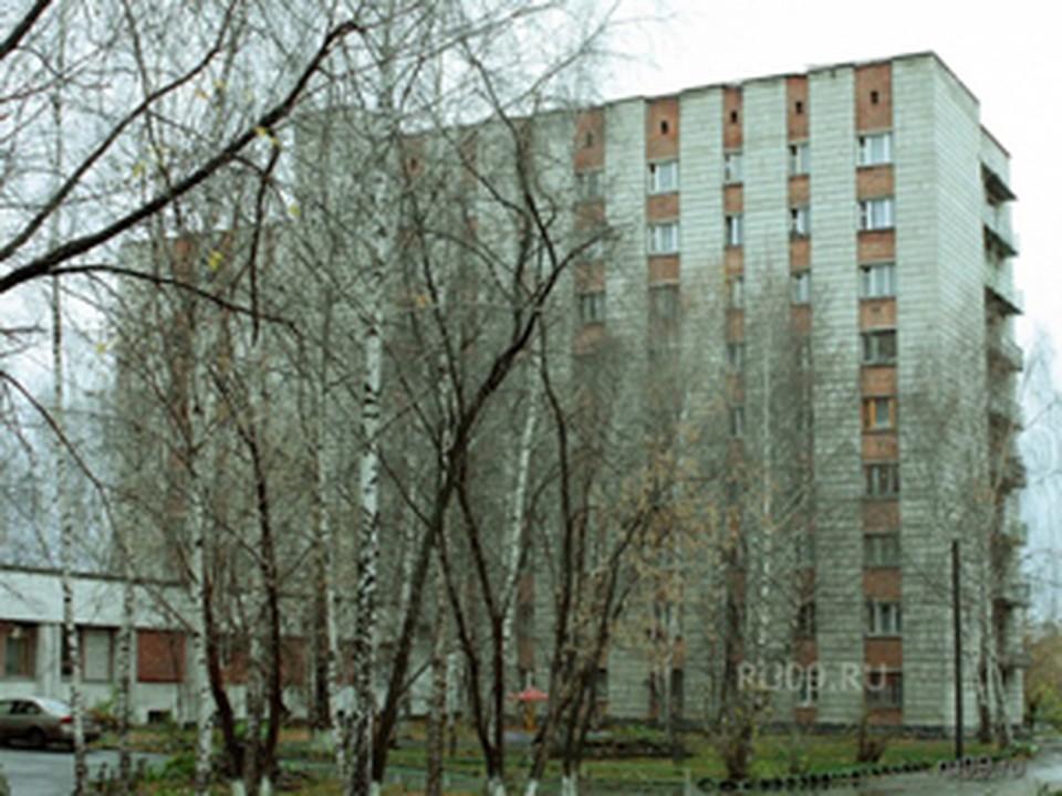 В Томске под окнами общежития обнаружено тело первокурсницы Фото: ru09.ru
