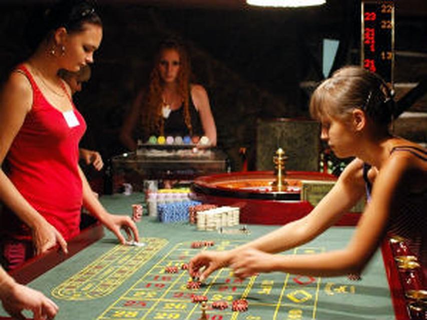 Представьте один человек сделал 5 6 годового дохода казино игру top world online casino