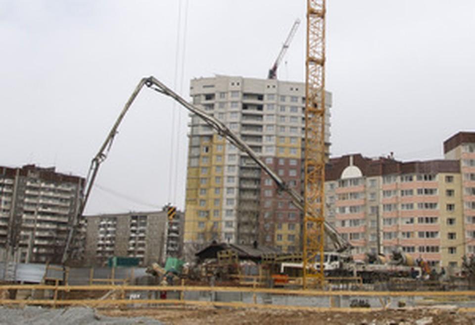 """Дольщики недостроенного """"Рощинского"""" получат свои квартиры к концу 2012"""