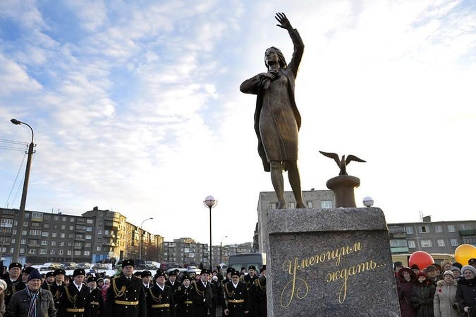 памятники нижний новгород фото цены на могилу