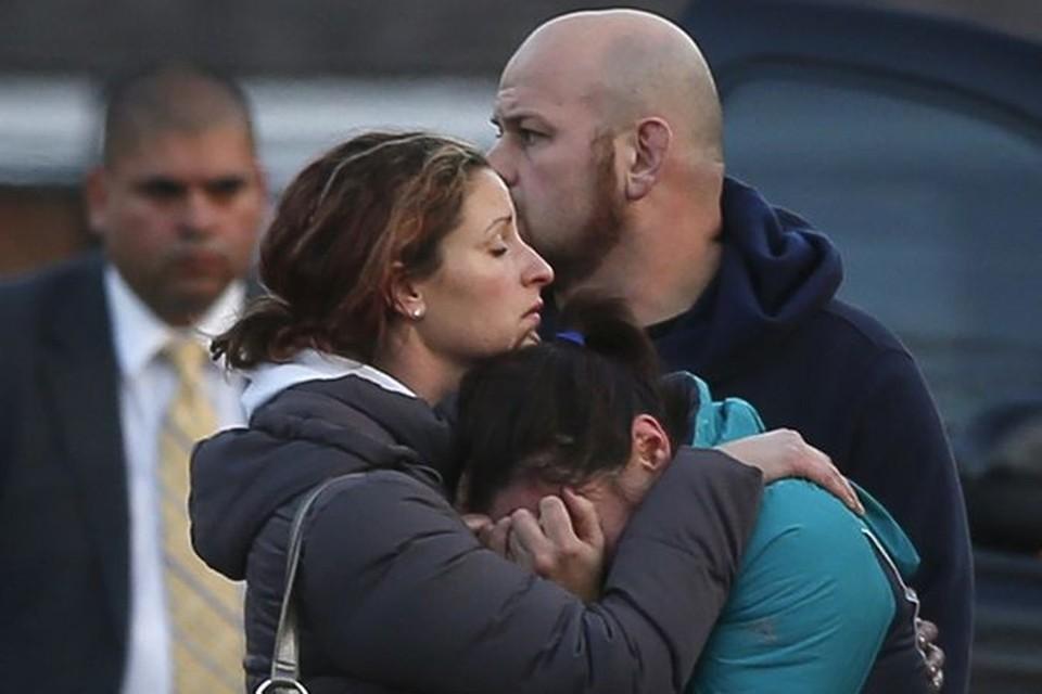 От рук убийцы погибли 20 детей и шестеро взрослых