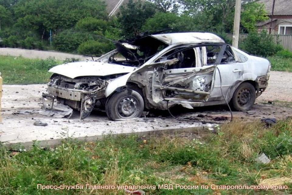 Автомобиль получил при взрыве серьезные повреждения, бизнесмен погиб