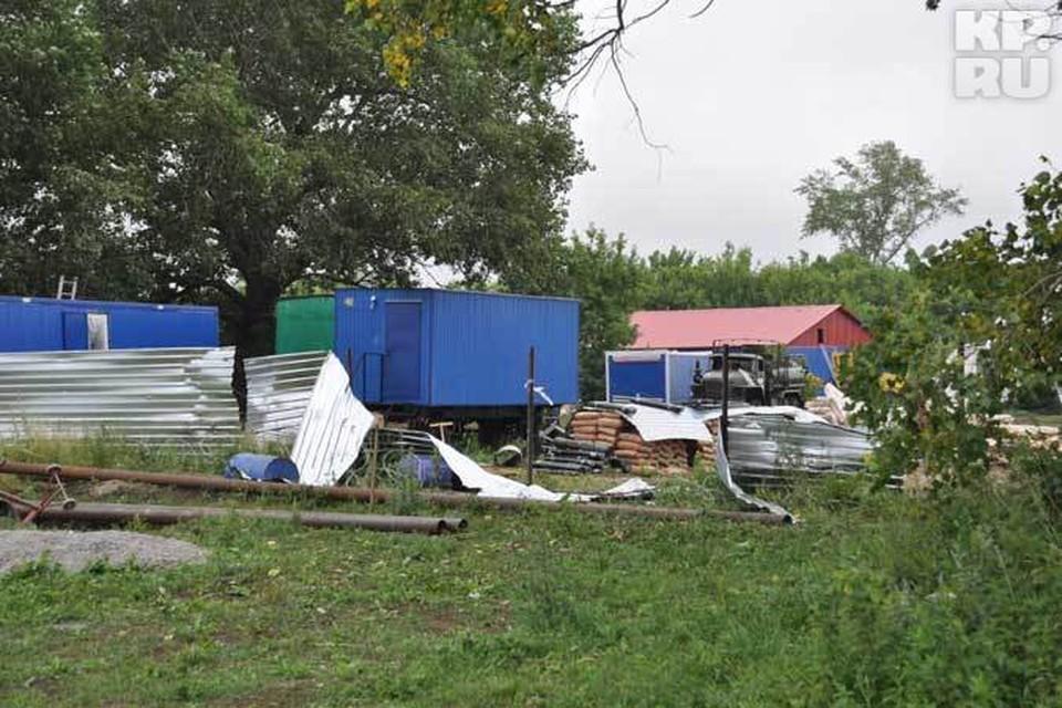 Вечером 22 июня активисты антиникелевого движения разгромили лагерь геологов.