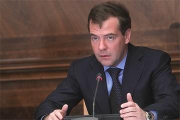 Медведев рассказал, почему российская армия не дошла до Тбилиси