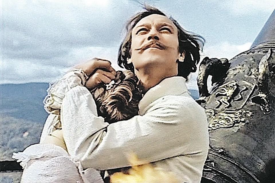 Герой Олега Янковского не боялся жить по-своему и был по-настоящему свободен. Хотя за убеждения ему пришлось пострадать.