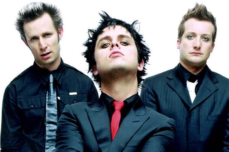 punk rock and green day Now, punk rock has long ceased being an underground art form made up of outsiders and misfits, in large part because of green day — selling over 80 million records worldwide tends to mainstream.