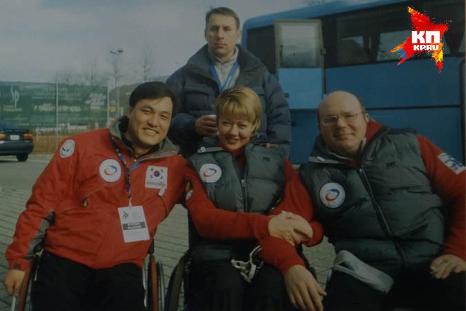 Капитан русской сборной Андрей Смирнов (справа) и его землячка Оксана Слесаренко