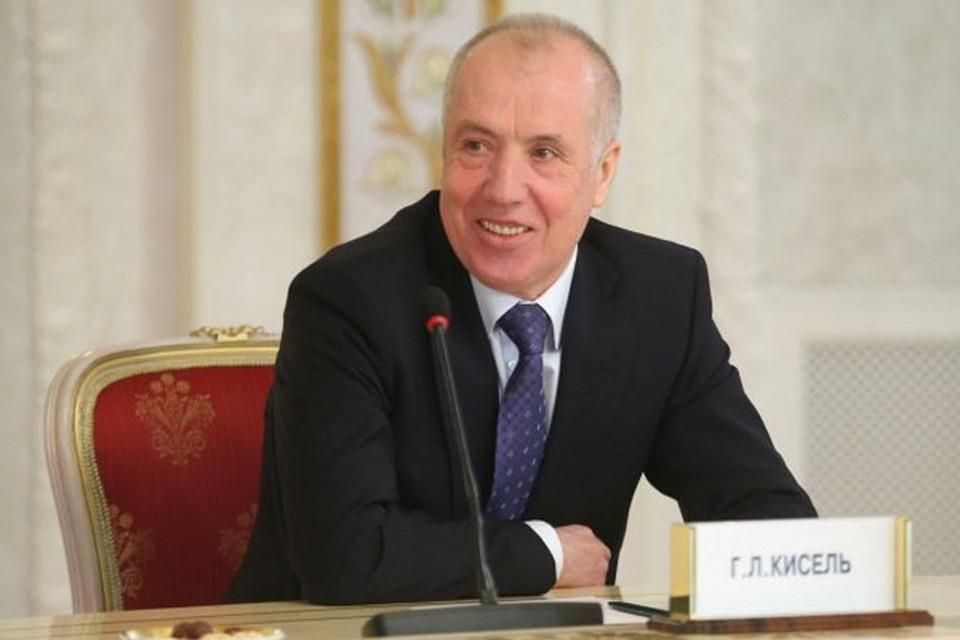 «Спросите у Киселя, как он бегает?»- сказал Лукашенко в своем послании народу. «Комсомолка» спросила