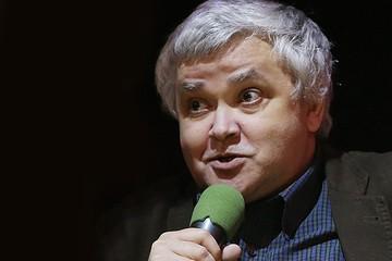 Лингвист Максим Кронгауз: «Нам не нужно бояться «лайков» и «селфи». Русскому языку они не опасны».