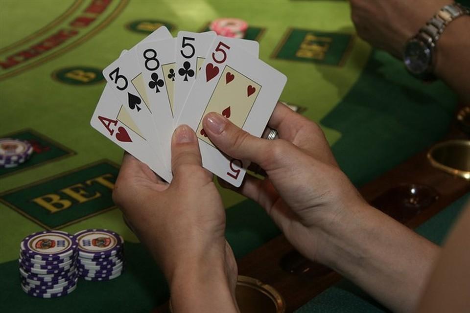 Российские онлайн покер игровые автоматы на wmr