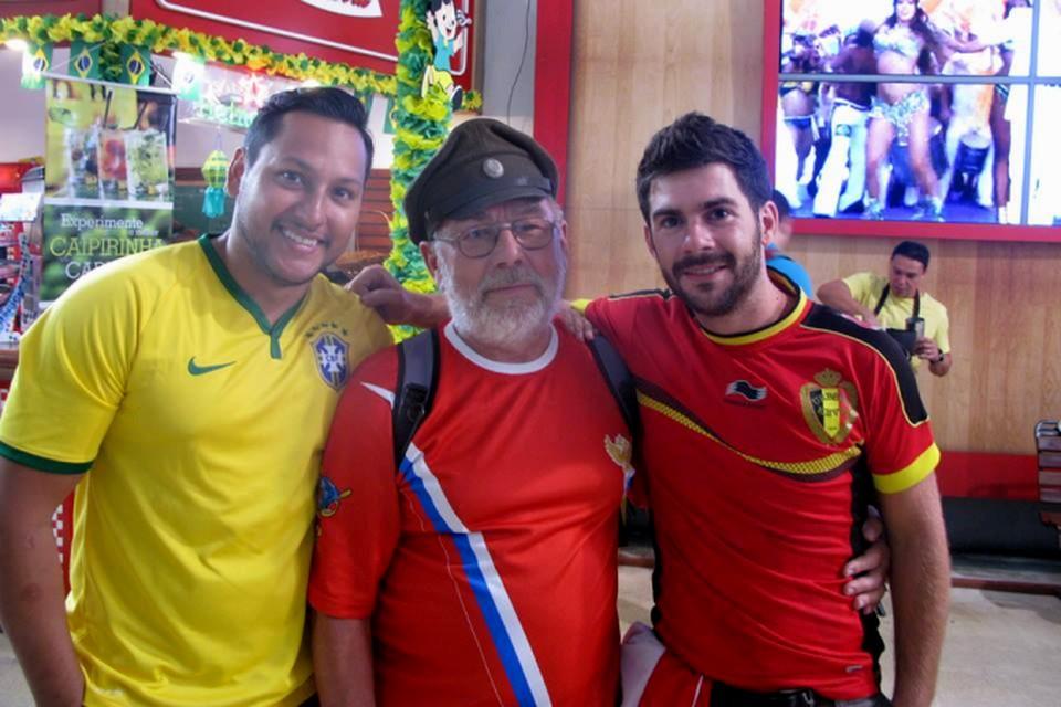 Несмотря на случившееся Владимир Соколов (в центре) остался доволен поездкой на чемпионат мира.