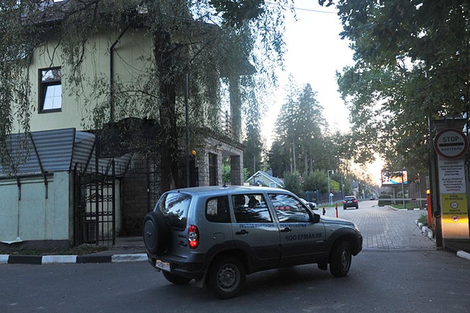 """Коттеджный поселок """"Ландшафт"""", что в деревне Жуковка на Рублевском шоссе, - место непростое"""