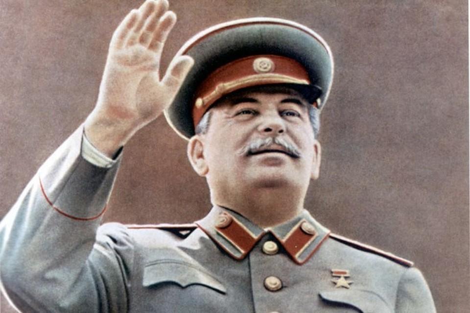 Памятник Сталину хотят поставить к 70-летию Победы.
