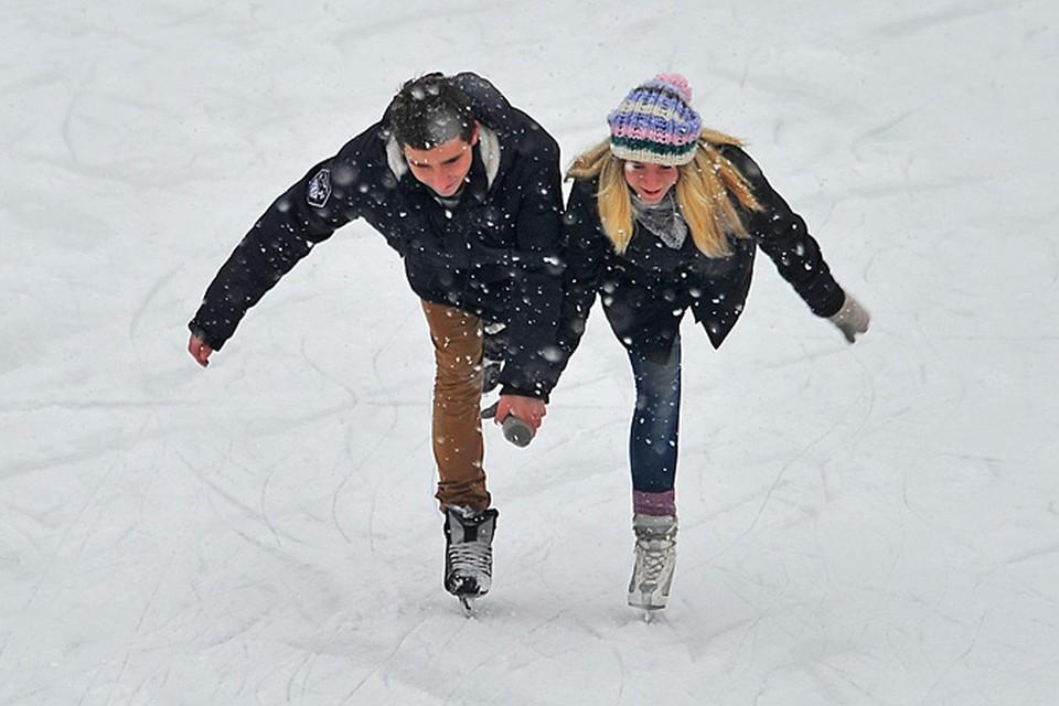 С каждым зимним сезоном в Москве появляется все больше катков