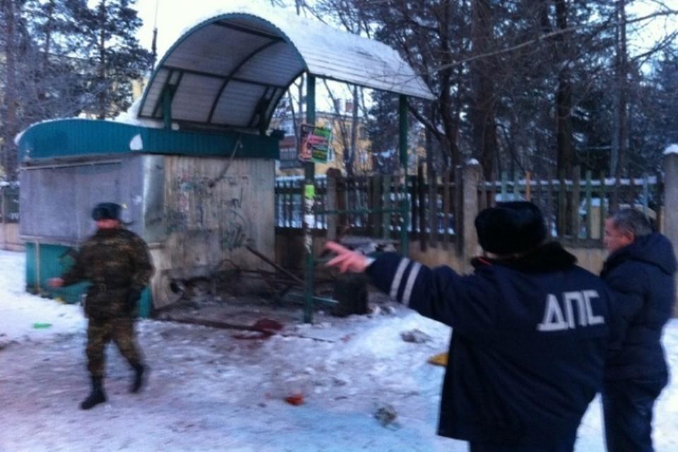 Очевидец взрыва на автобусной остановке в Ангарске: «Я видел, как мужчине оторвало ногу». ФОТО: Дмитрий Надымов
