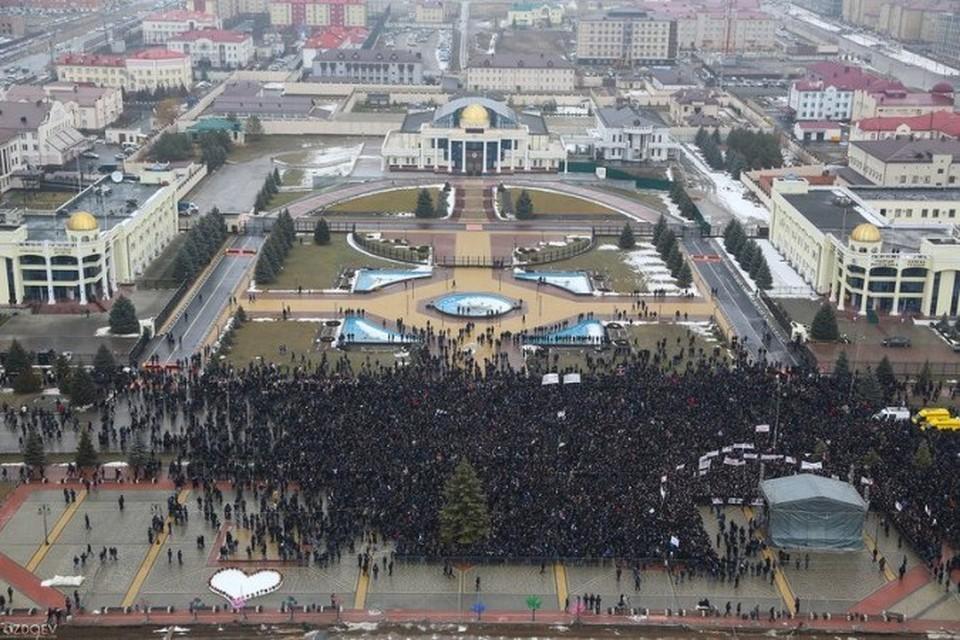 На митинг в Ингушетии вышло около 20 тыс. человек. Фото: vk.com/ingushetia24