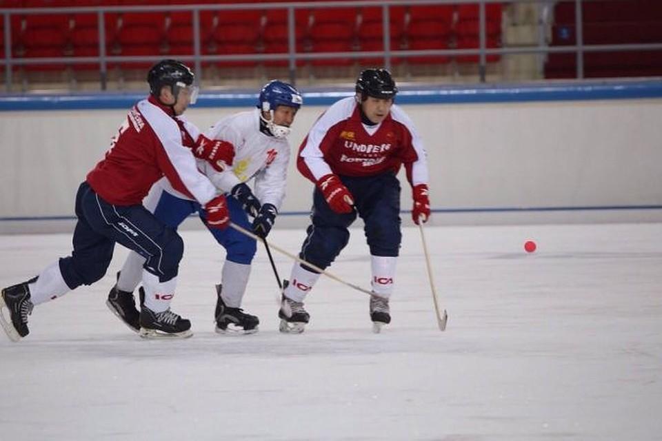 Сборная китая по хоккею с мячом