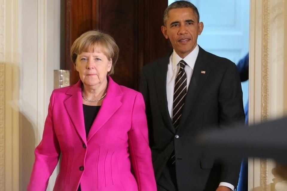 Канцлер ФРГ Ангела Меркель и президент США Барак Обама выходят к журналистам после того, как обсудили ситуацию на Украине