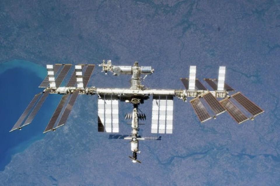 "На борту транспортного корабля ""Союз ТМА-16М"" на МКС прибыл международный экипаж"