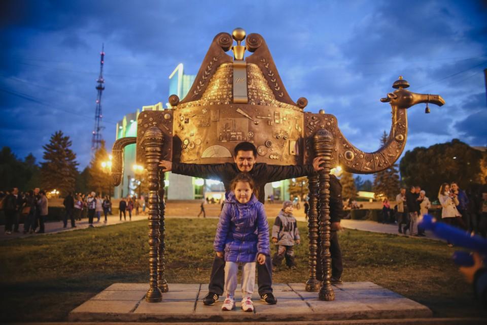 Челябинску подарили очередного верблюда