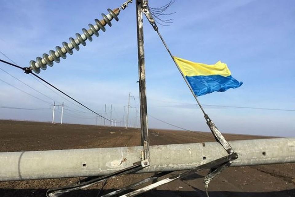 Снимки взорванных энергоопор участники так называемой блокады Крыма выкладывали в соцсетях с радостными комментариями. Фото: Ленур Ислямов/Facebook