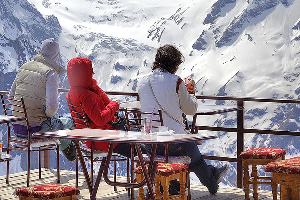 Самые популярные горнолыжные курорты России  преимущества и недостатки 4cdabd850d1
