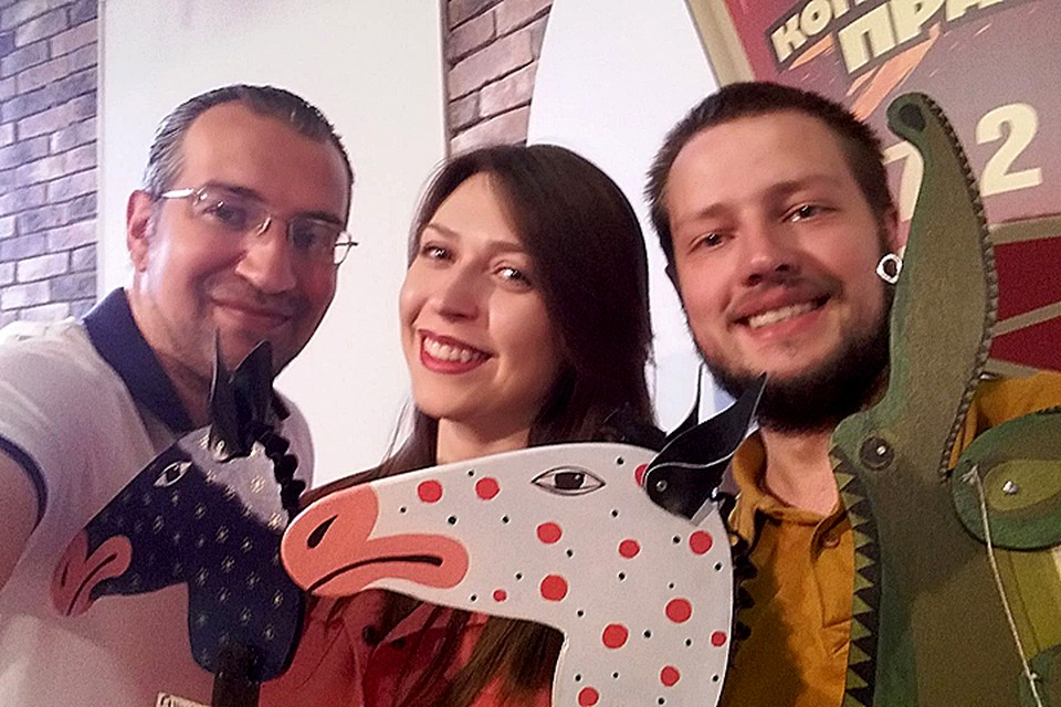 Создатель бренда WOOD CAR Андрей Епихин (на фото справа) в гостях у Михаила Антонова и Алисы Титко в программе «Важные птицы» на Радио «Комсомольская правда»