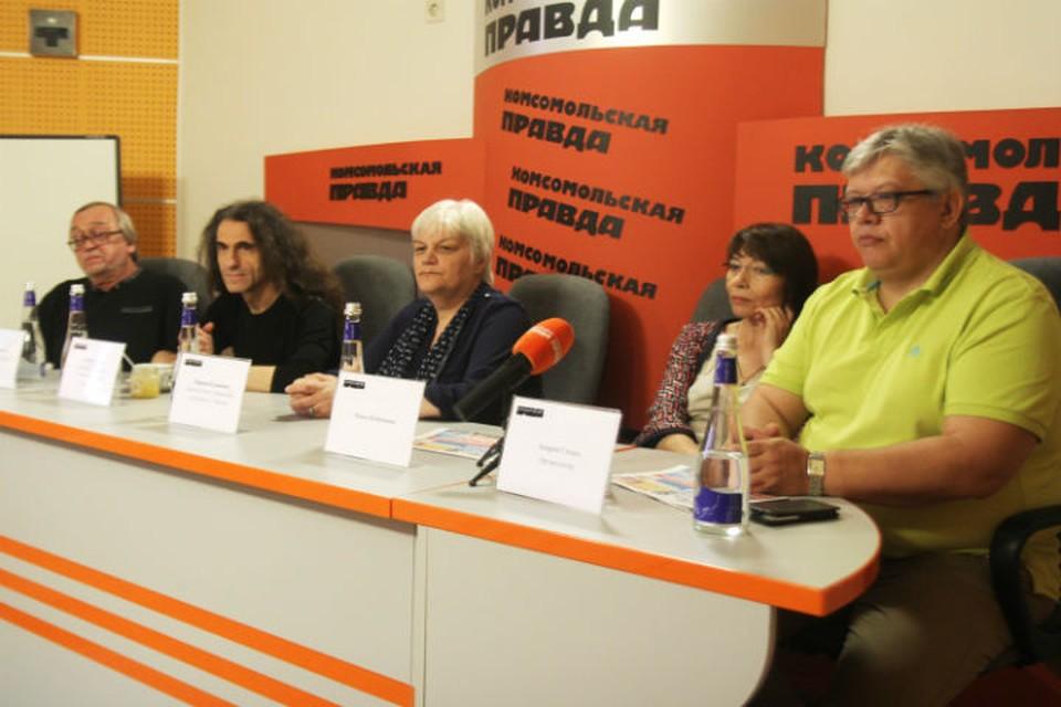 Фестиваль поэзии на Байкале 2016: в Иркутск приехали известные авторы.