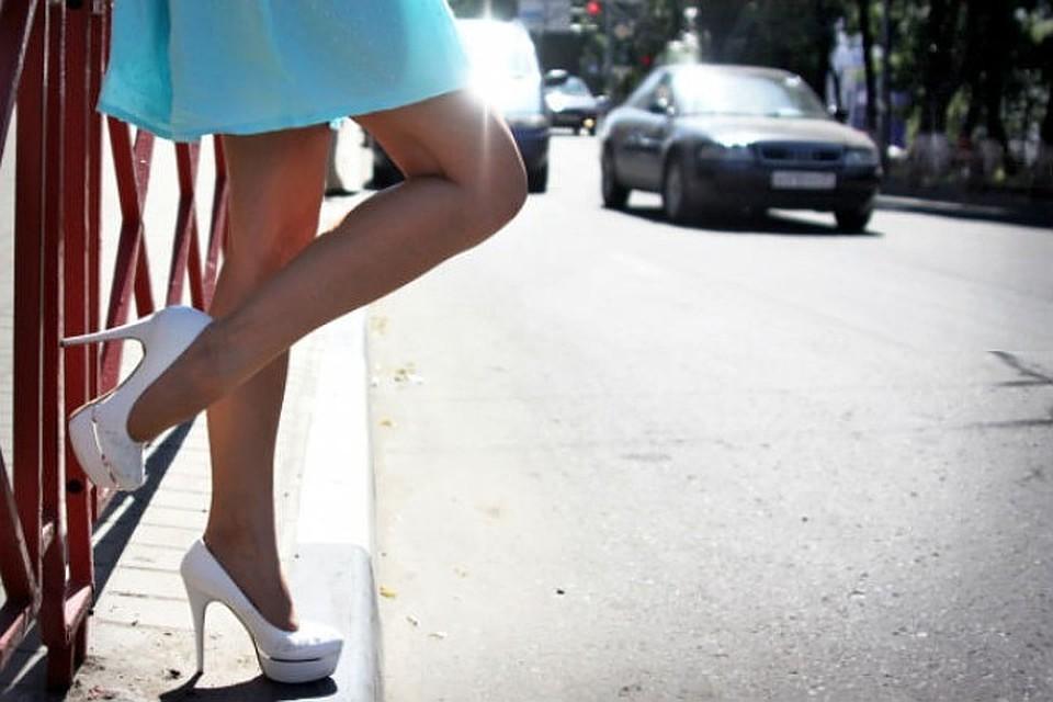 В спбские агентсва по заказу проституток девочки по вызову метро Маяковская