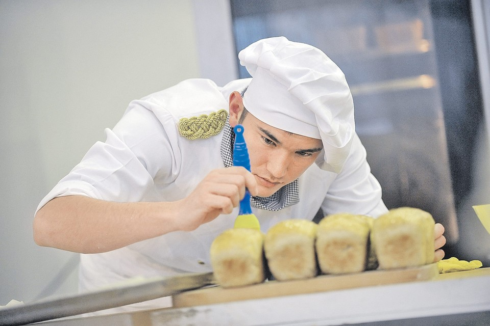 Для состоятельной публики пекари качественный хлеб делать готовы, но стоимость его далеко не 25 рублей. Фото: Алексей БОБРОВ