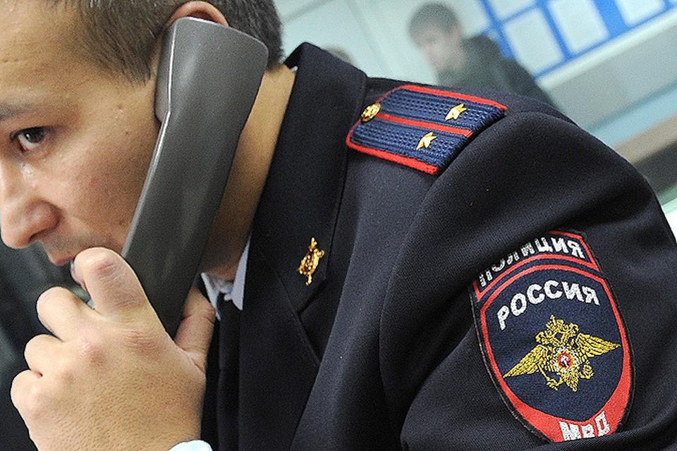 Как сообщают в полиции, материальный ущерб еще устанавливается. По предварительным данным, исчезли не менее 100 тысяч рублей.