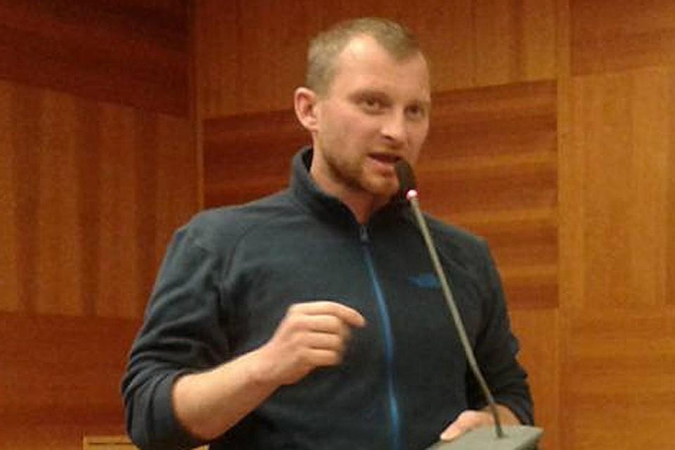 Алексей Сахнин бежал из Москвы после беспорядков шестого мая на Болотной.