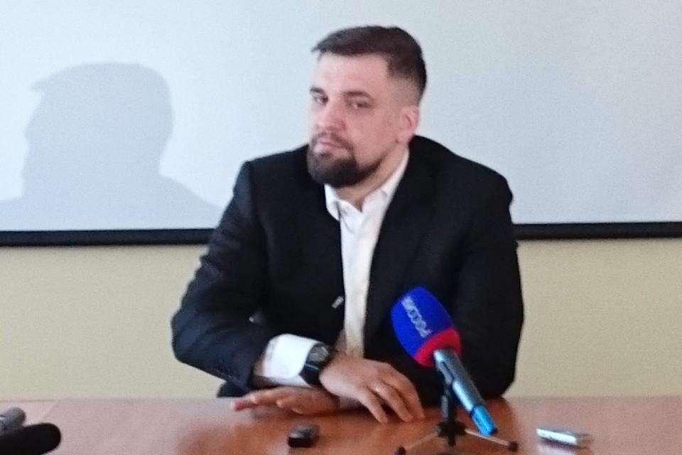 После суда Баста дал пресс-конференцию в Ростове.